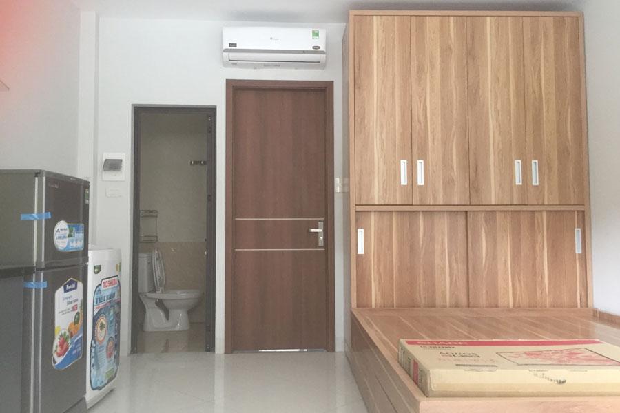 Cửa gỗ công nghiệp có bền không? Nên chọn loại cửa gỗ nào?
