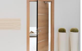 Có nên chọn cửa gỗ công nghiệp nhà vệ sinh không?