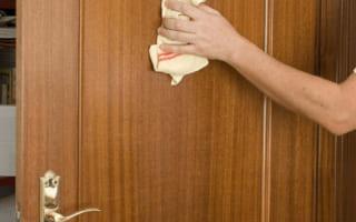 Mẹo bảo quản cửa gỗ công nghiệp bạn cần biết