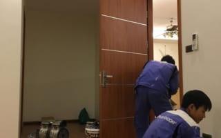Lắp cửa gỗ 1 cánh cho căn hộ chung cư Sun Grand City