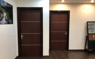 Lắp cửa gỗ composite tấm phẳng cho căn hộ chung cư Thanh Xuân Complex