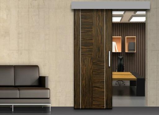 Có nên chọn dòng cửa gỗ Composite lắp đặt công trình trong chung cư?